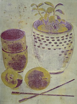 Stilleben mit Pflanze und Apfel